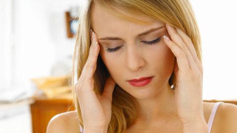Значительные дозы алкоголя вызывают спазм сосудов головного мозга
