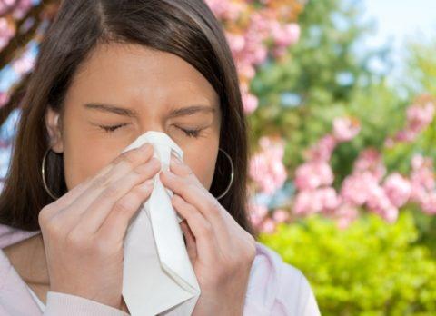 Аллергия – одна из причин отказаться от употребления народных средств
