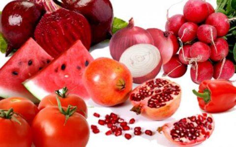 Особенно полезны для сосудов ягоды, овощи и фрукты, обладающие красным цветом.