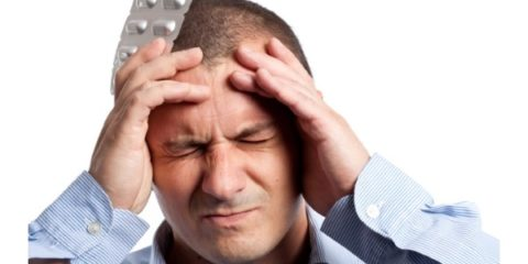Первый признак проблем с сосудами мозга – частые головные боли