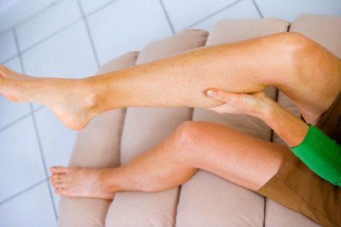 При проявлении острой симптоматики следует обратиться за помощью в экстренном порядке.