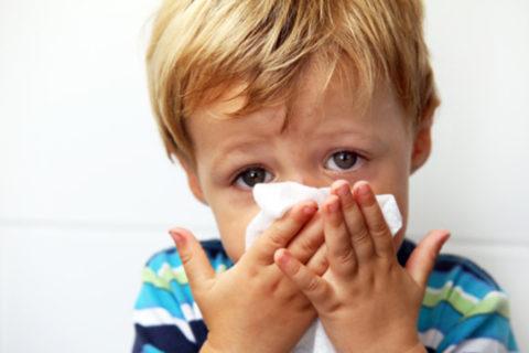 Общие симптомы воспалительного ответа часто напоминают поначалу простуду.