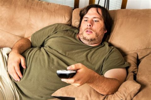 Гиподинамия вызывает ожирение и ухудшает работу сердечно-сосудистой системы.
