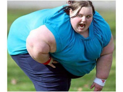 Лишний вес усиливает нагрузку на сердечно-сосудистую систему.