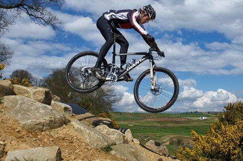 В первые полгода после лечения не рекомендуется езда на велосипеде
